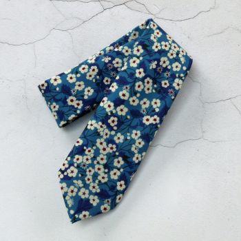 Gentleman's hand-stitched floral blue tie - Mitsi blue