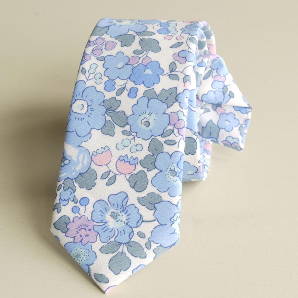 <!-113->Men's Handmade Liberty Tana Lawn Tie - Betsy blue