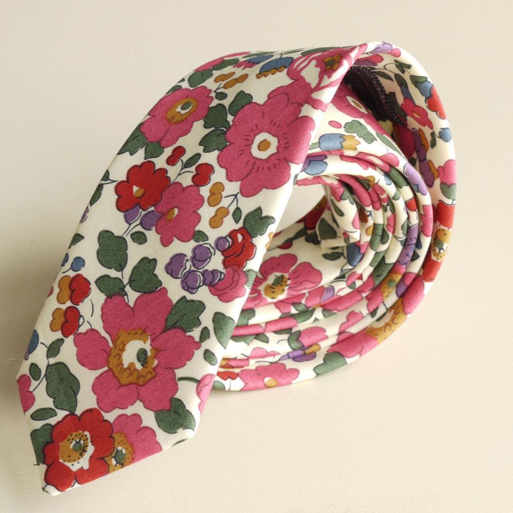 <!-113->Men's Handmade Liberty Tana Lawn Tie - Betsy pink