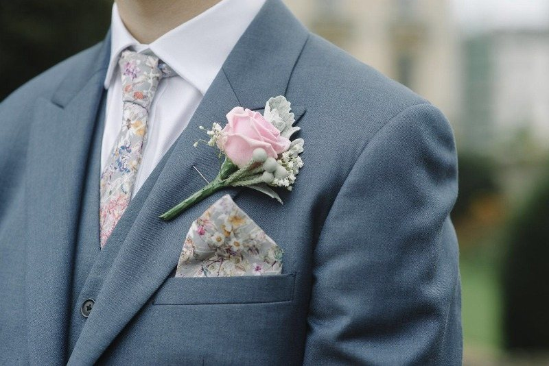 groom with Liberty tie and pocket square