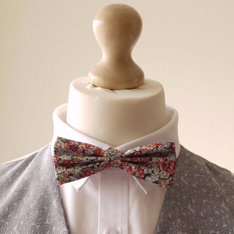 Liberty print bow tie
