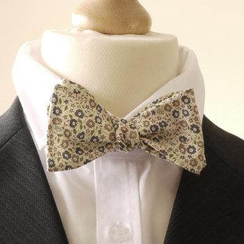 Liberty print Fairford bow tie