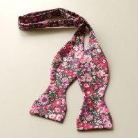Manuela Liberty print floral bow tie