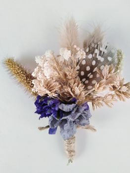 Highland Dried flower Buttonhole