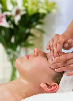 Calico Mobile Massage Leeds Facial Massage
