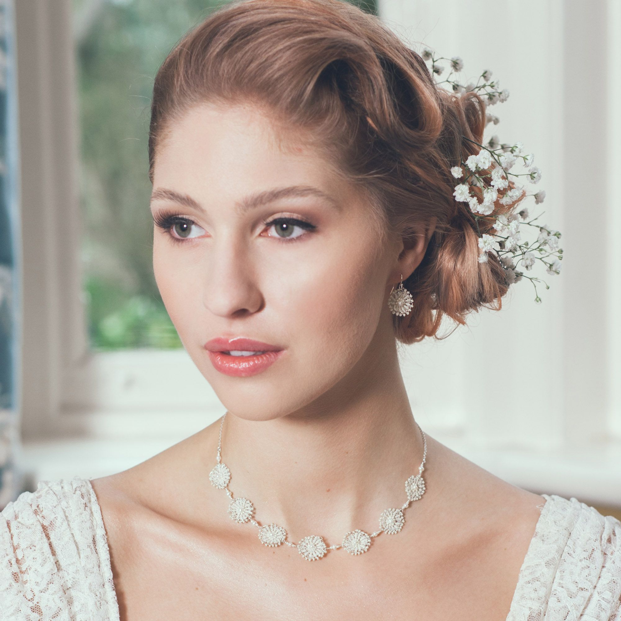 Jewellery and accesories for brides and weddings