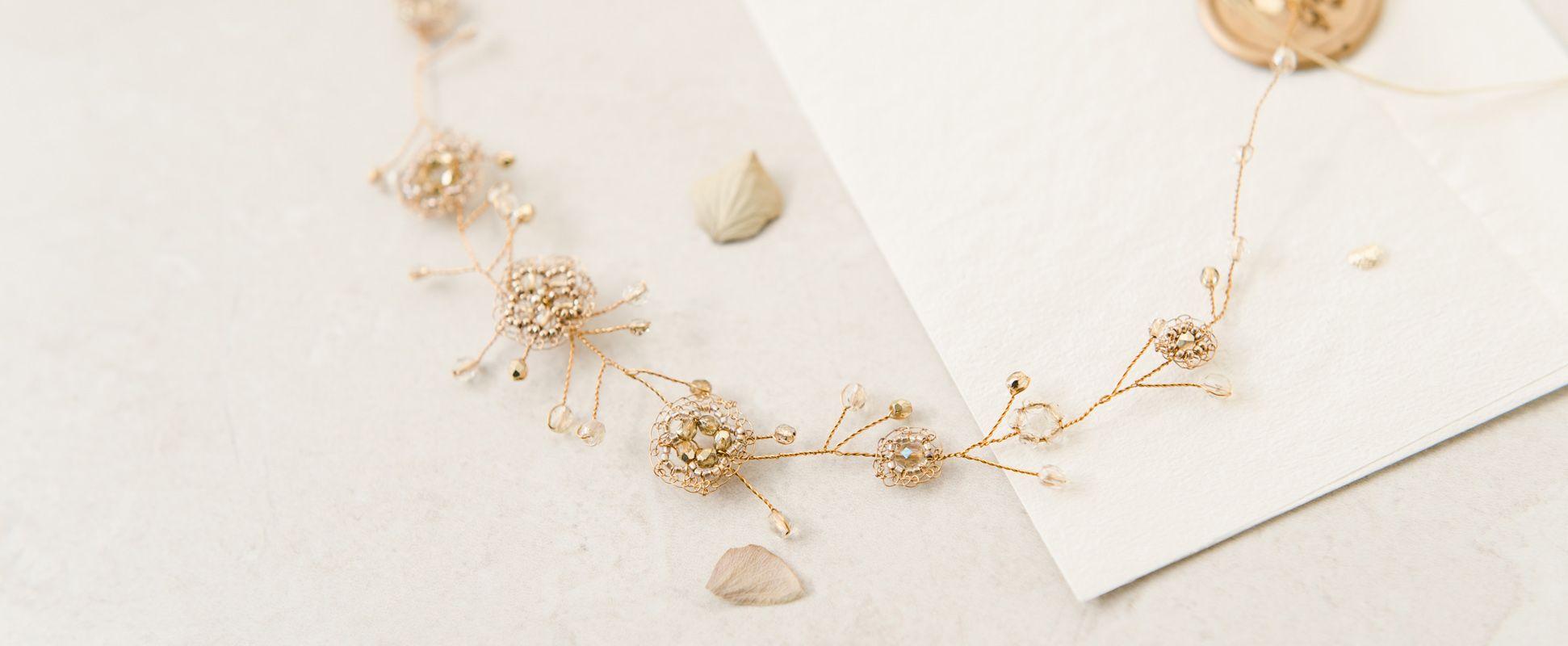 Hamd,ade Wedding Accessories