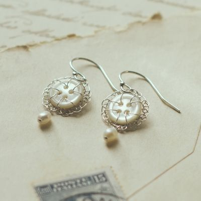 <!-- 006 -->Antique Button Jewellery