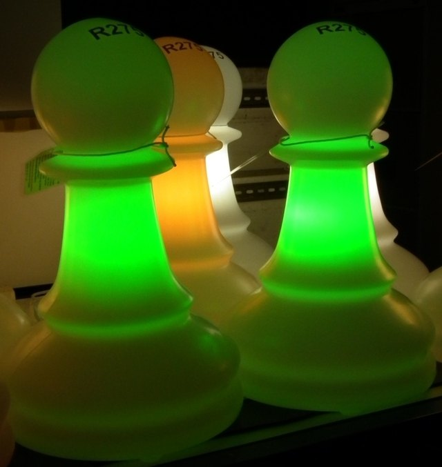 IPL green and yellow pawn lamps