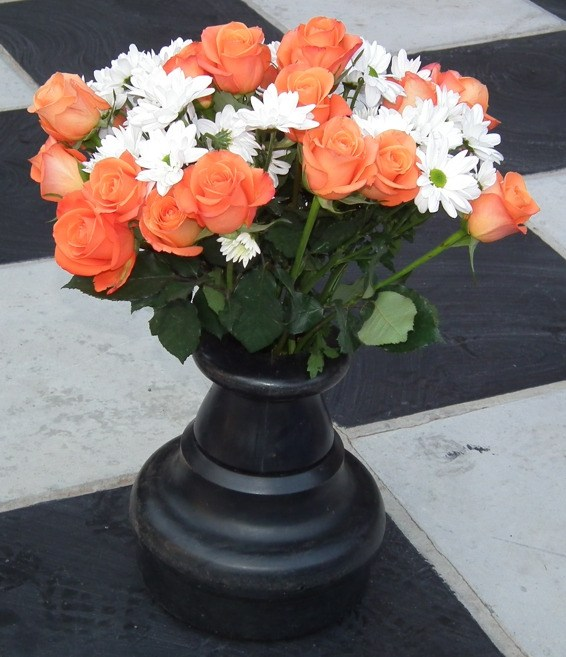 chinese pawn vase