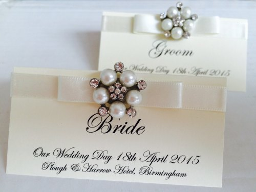 Luxury Pearl & Diamante Cluster Place Card