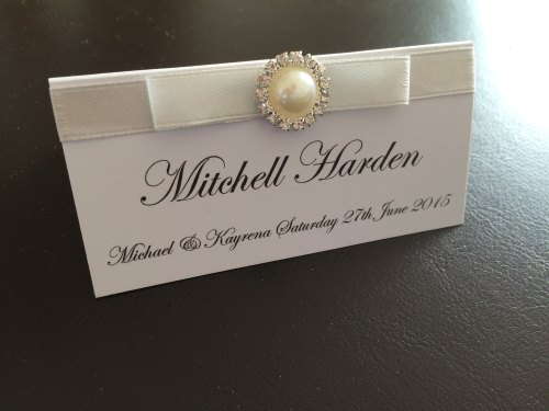 Luxury Pearl & Rhinestone Cluster Place Card