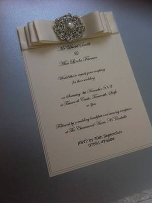 Luxury Boxed Vintage Pearl & Diamante Invitation