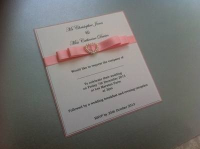 Pearl Heart Buckle Invitations