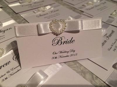 Pearl Heart Place Card