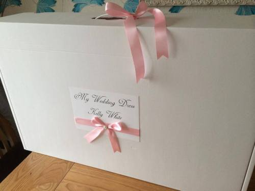 Luxury Personalised Travel Wedding Dress Box Ribbon & Gem Design lots of co