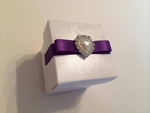Wedding Favour Box - Pearl  & Diamante Heart