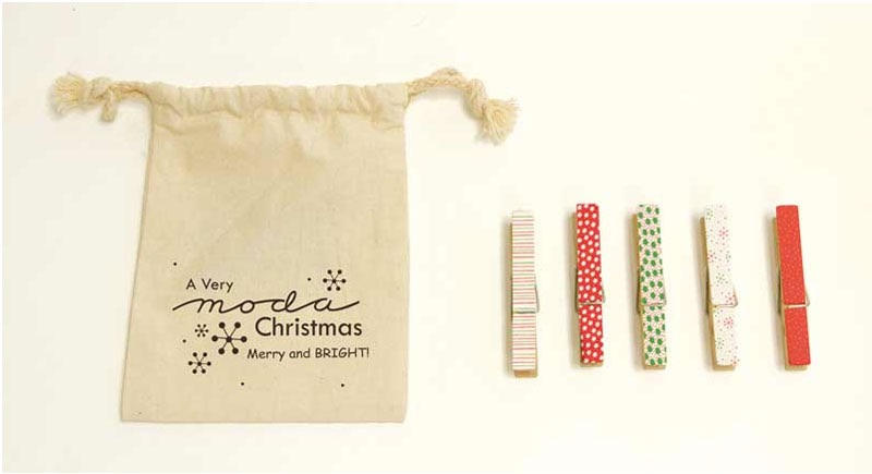 Moda - Christmas Clothes Pins - Merry and Bright