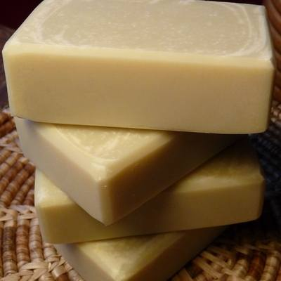 white spring pure patchouli handmade soap
