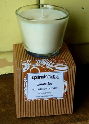 vanilla bee soy wax candle