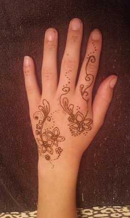 henna star flowers