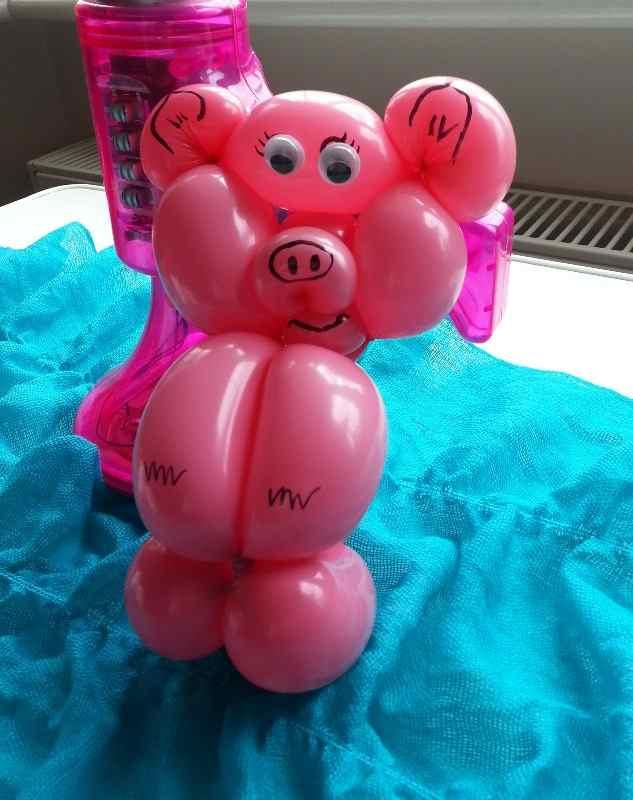 balloon pink pig