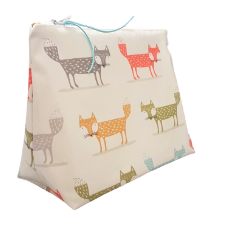 Large Foxes Washbag