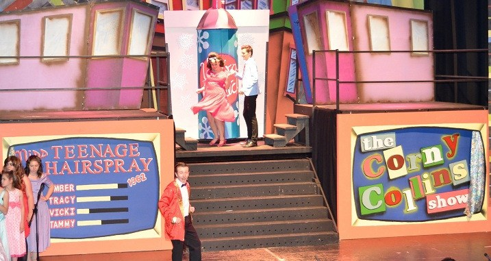 hairspray - c07 - a1stage scenery and set hire for