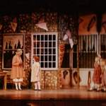 annie - photo of dorm and office -  - a1stage scenery and set hire for