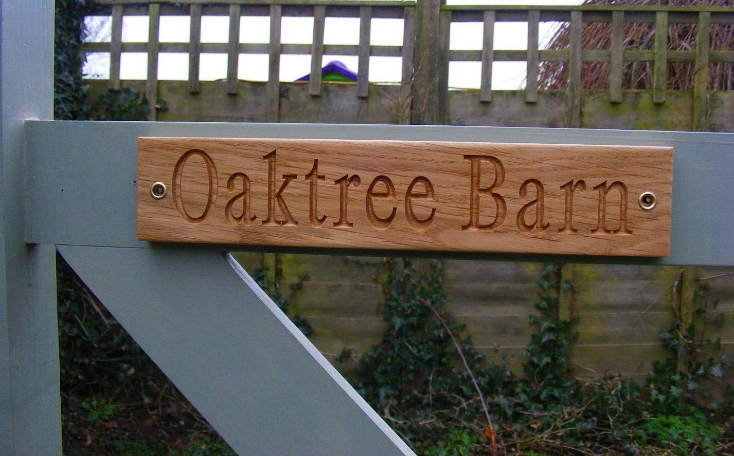 AA137 Personalised Engraved Natural oak unpainted Gate sign
