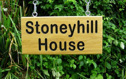 AB108 Personalised Single or Double Sided House Name Sign with Hanging Kit