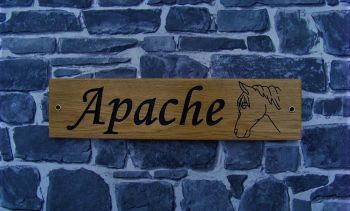 AA128 Personalised Engraved Oak Sign with Horse Image 40cm x 10cm