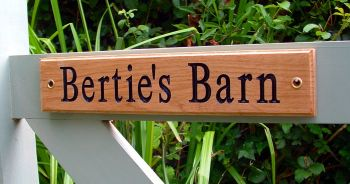 AA136   Personalised Engraved oak gate sign 30cm x 6cm