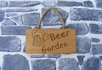 AB187 'Beer Garden' Engraved Oak Plaque with Hanging Rope