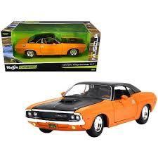 Maisto 1970 Dodge Challenger R/T