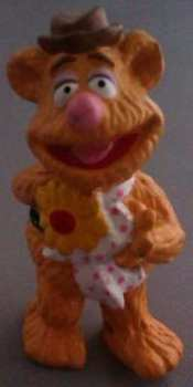 The Muppets - Fozzie Bear Figure