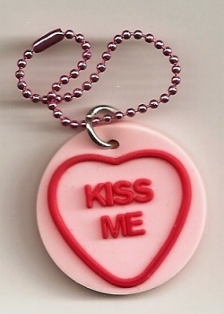 Swizzels Matlow - Love Hearts Mobile Phone Charm / Tag - Kiss Me - NEW