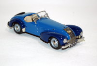 Allard K1 open roadster, two-tone blue/blue mudguards.