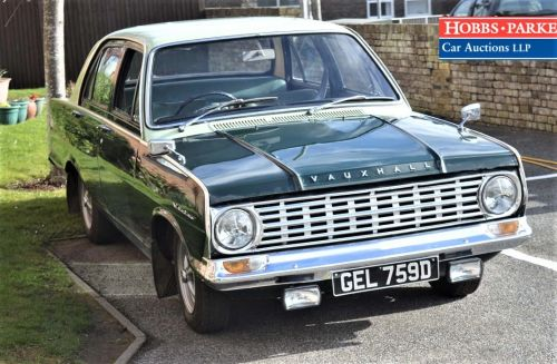 BHM MAJESTY CLASSICS MC 18. 1964 VAUXHALL VICTOR FC 101. TWO-TONE GREEN. PR