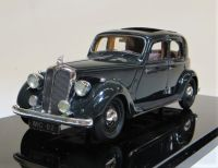MC 02 1939 P2 4-LIGHT, SPORTS SALOON, DARK GREEN WITH A BROWN INTERIOR. SCALE 1:43.