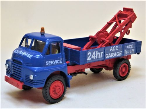 BEDFORD RL BREAKDOWN TOW-TRUCK 'ACE GARAGE'.