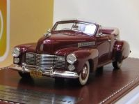 1941 CADILLAC SERIES 62 OPEN CONVERTIBLE SEDAN, METALLIC MAROON. LTD: 150.