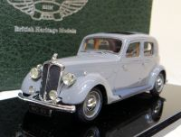MC 02 1939 P2 4-LIGHT, SPORTS SALOON, GREY  WITH A BROWN INTERIOR. SCALE 1:43.