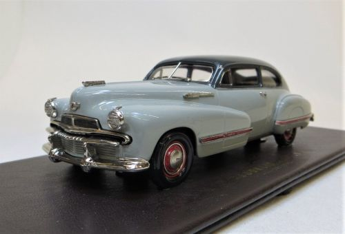 BML 01 1942 OLDSMOBILE  B-44 SEDANETTE, TWO-TONE GREY