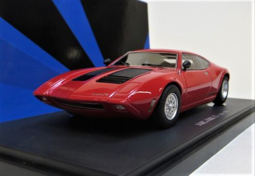 AVENUE 43: 1970 AMC AX/3, RED. SCALE 1:43.