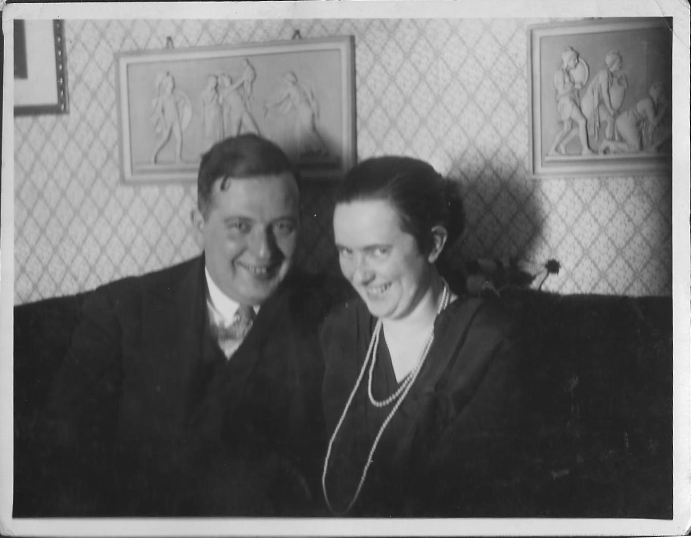 Mum and Dad 1930s 1