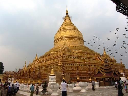 IMG_1343 Shwezigon Pagoda Pagan