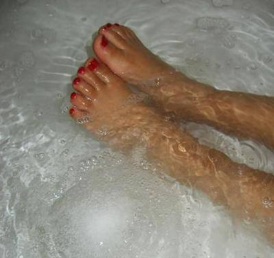 Break a bad spell that was cast on you cleansing, charmed bath bom
