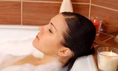 Release intense emotions charmed bath bom