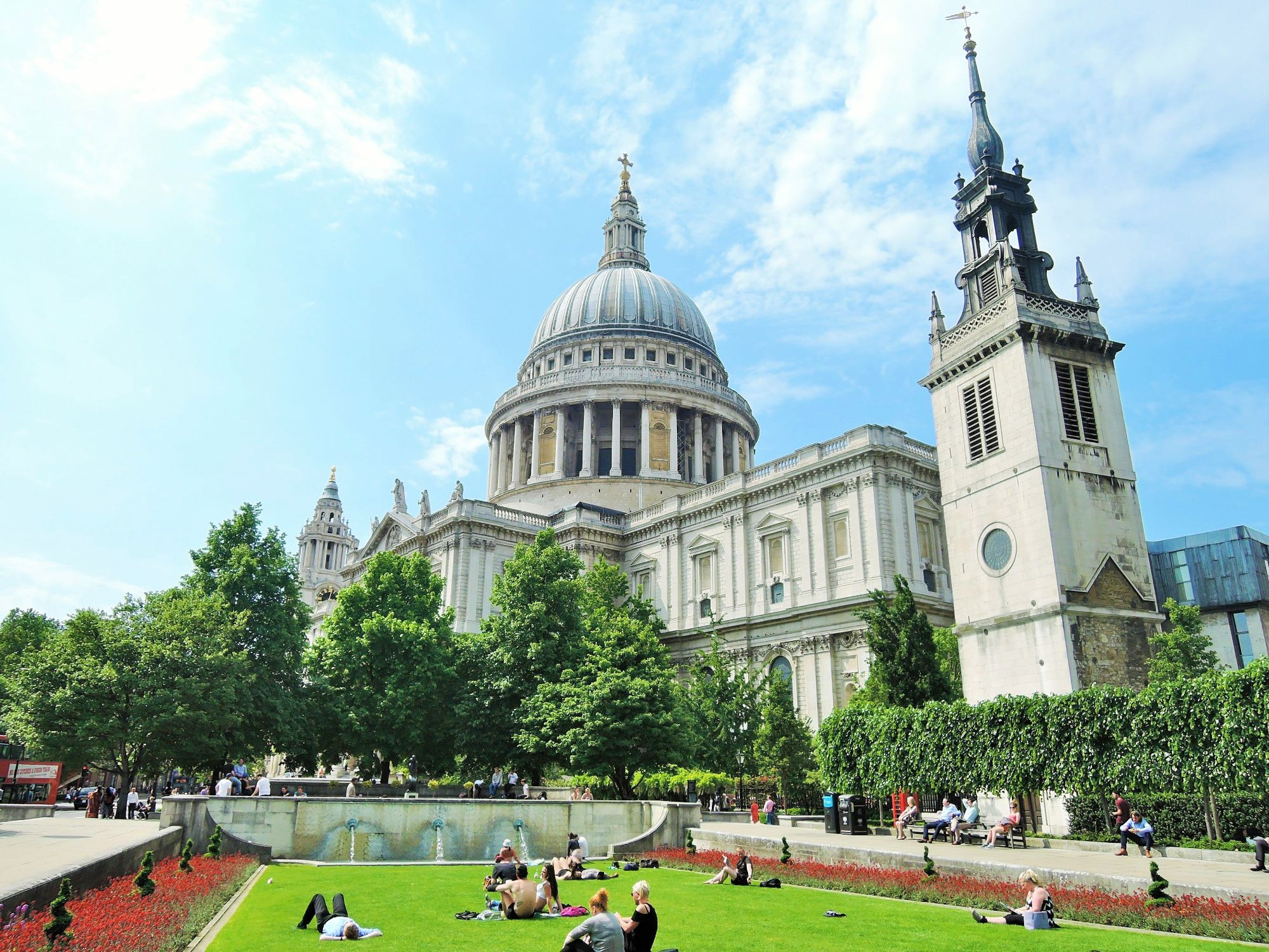 Photo of St Paul's Cathedral taken from Festival Gardens.